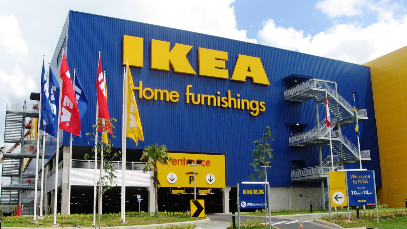 #165: Monday Memo: What IKEA Teaches Us About How to Become More Influential